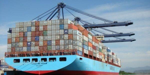 Buque transporte de contenedores